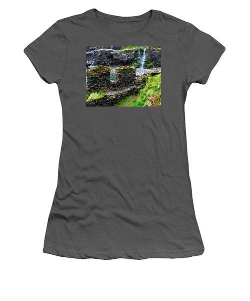Castle View Women's T-Shirt (Athletic Fit)