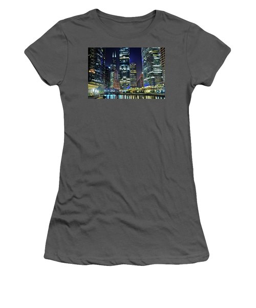 Chicago 2017 Full Moon Women's T-Shirt (Athletic Fit)