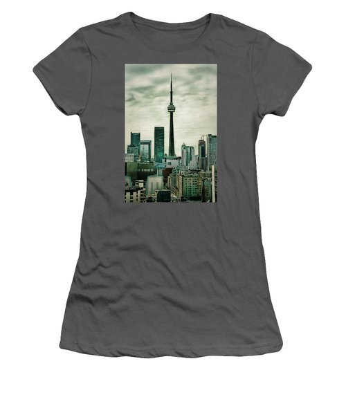 Cn Tower Women's T-Shirt (Athletic Fit)