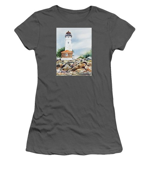 Crisp Lighthouse Women's T-Shirt (Athletic Fit)
