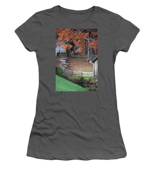 Crooked Fence Women's T-Shirt (Athletic Fit)