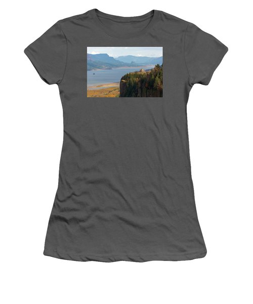 Crown Point On Columbia River Gorge Women's T-Shirt (Athletic Fit)