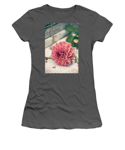 Dahlia Bloom Women's T-Shirt (Athletic Fit)
