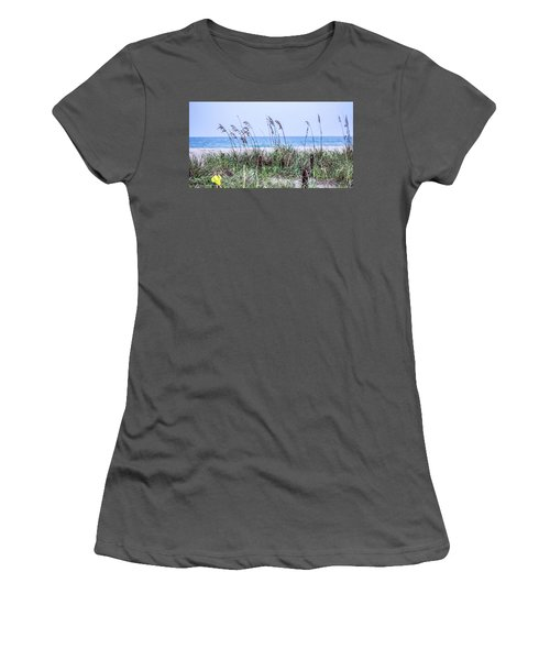 Daydreaming Women's T-Shirt (Athletic Fit)