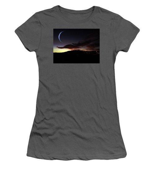 Desert Crescent Women's T-Shirt (Junior Cut)