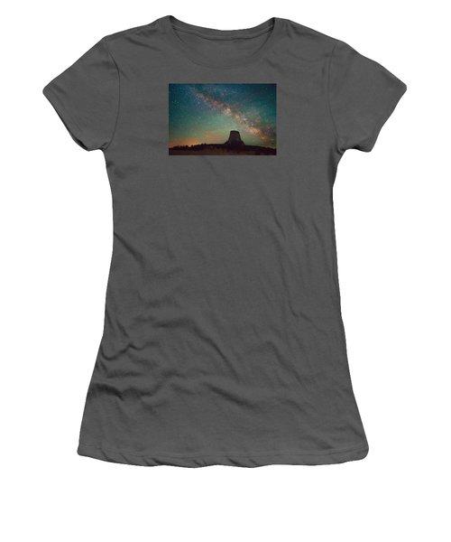 Devils Tower Lights Women's T-Shirt (Athletic Fit)