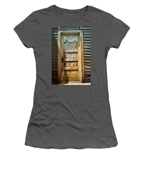 Doors Of St Elmo I Women's T-Shirt (Athletic Fit)