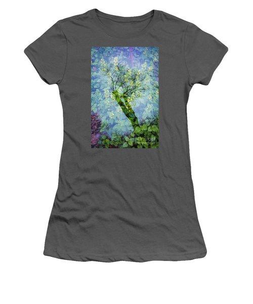 Close Encounters-3 Women's T-Shirt (Junior Cut)
