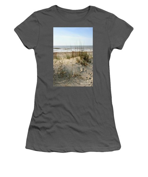 Dune Women's T-Shirt (Athletic Fit)