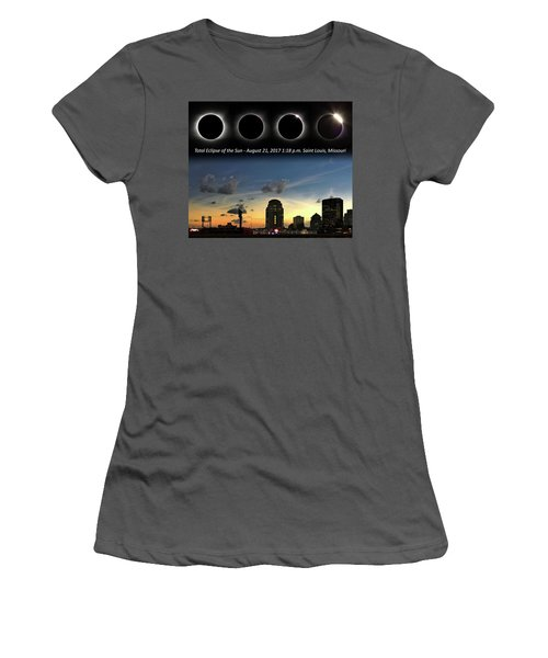 Eclipse - St Louis Women's T-Shirt (Athletic Fit)
