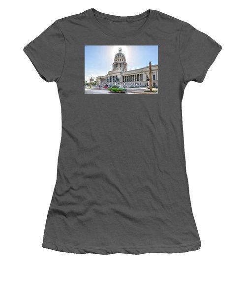 El Capitolio Women's T-Shirt (Athletic Fit)