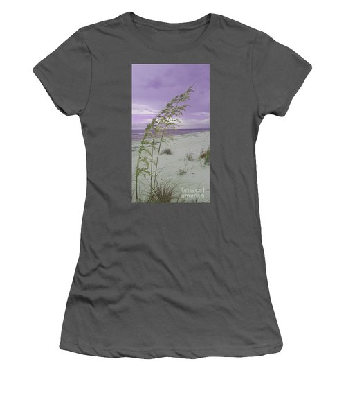 Emma Kate's Purple Beach Women's T-Shirt (Junior Cut)