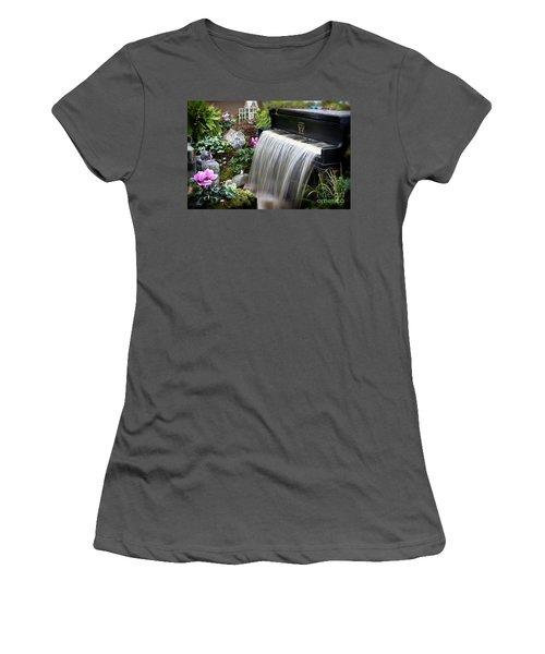 Fantasy Women's T-Shirt (Athletic Fit)