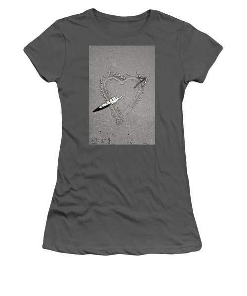 Feather Arrow Through Heart In The Sand Women's T-Shirt (Athletic Fit)