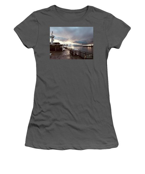 Ferry Morning Women's T-Shirt (Athletic Fit)