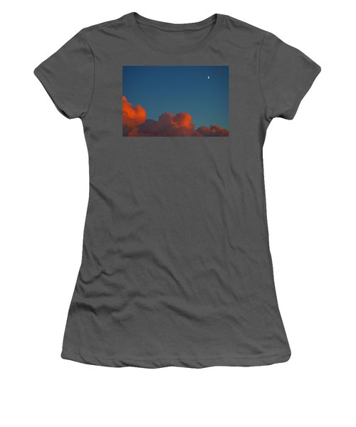 Fireclouds 2 Women's T-Shirt (Athletic Fit)