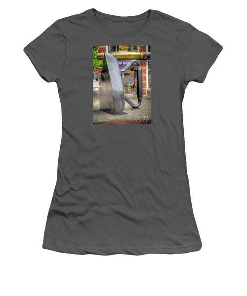 Flat Iron Sculpture Women's T-Shirt (Junior Cut) by Marion Johnson
