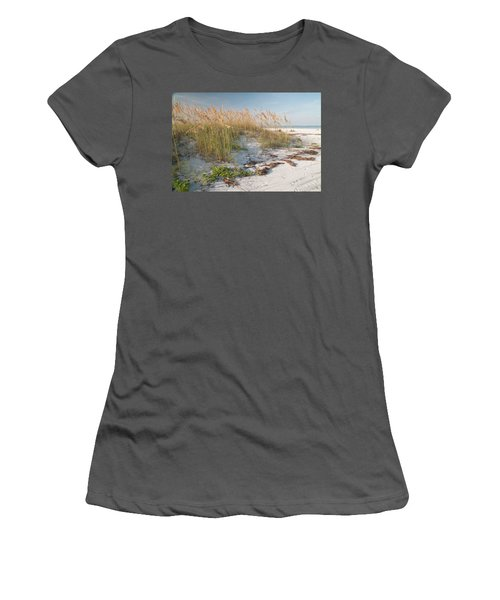 Florida Beach And Sea Oats Women's T-Shirt (Athletic Fit)