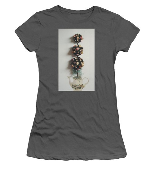 Flowery Teapot Women's T-Shirt (Athletic Fit)