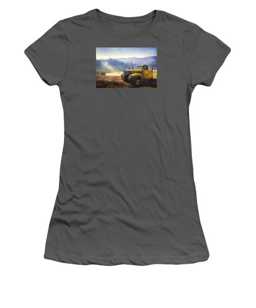 Ford In The Fog Women's T-Shirt (Athletic Fit)
