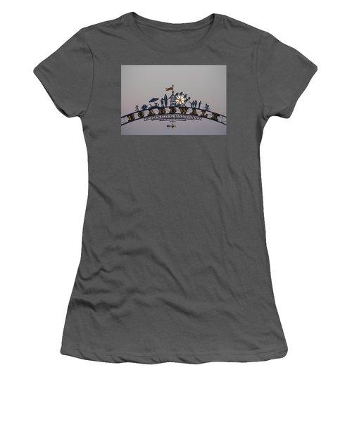 Full Moon In The Boardwalk Arch Ferris Wheel Women's T-Shirt (Athletic Fit)