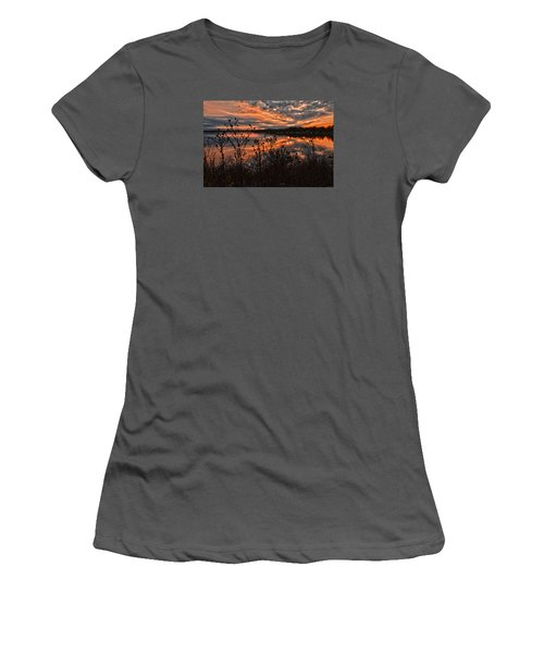 Gainesville Sunset 2386w Women's T-Shirt (Athletic Fit)