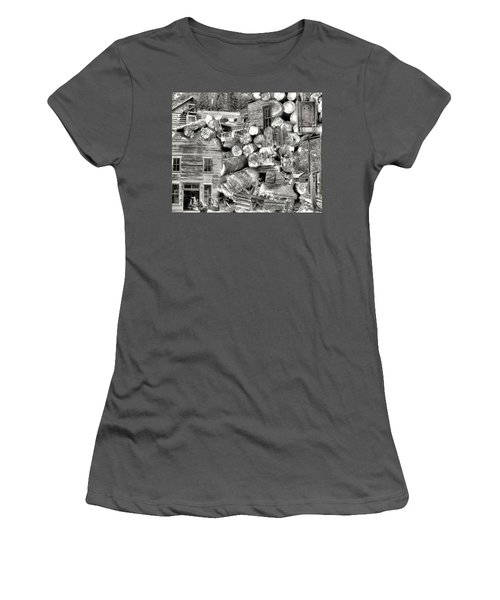 Garnet Montana Women's T-Shirt (Athletic Fit)