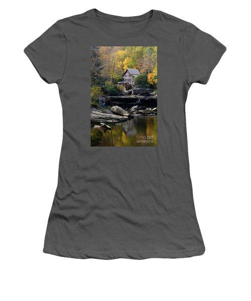 Women's T-Shirt (Junior Cut) featuring the photograph Glade Creek Grist Mill - D009975 by Daniel Dempster