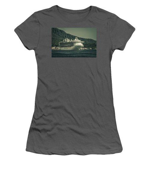 Golden Princess  Women's T-Shirt (Athletic Fit)