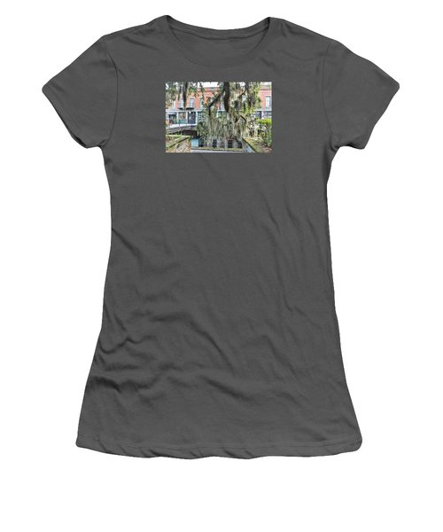 Hangin Loose Women's T-Shirt (Athletic Fit)