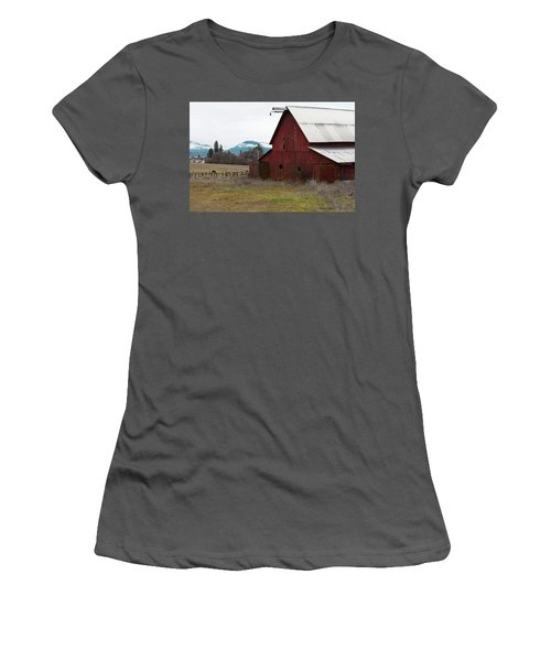 Hayfork Red Barn Women's T-Shirt (Athletic Fit)