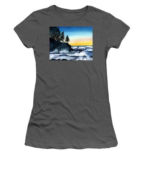 Headland Women's T-Shirt (Athletic Fit)