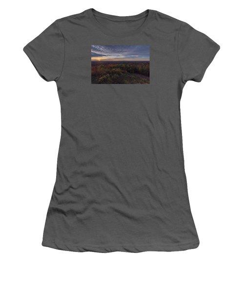 Women's T-Shirt (Junior Cut) featuring the photograph Hogback Morning by Tom Singleton