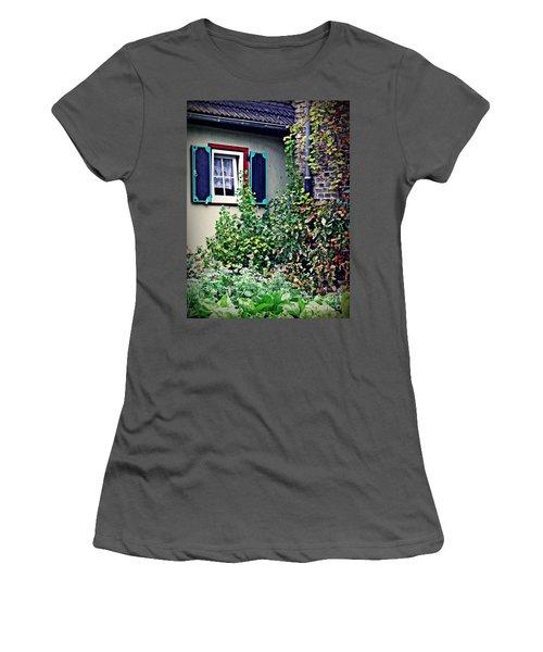 Home And Garden Schierstein 8   Women's T-Shirt (Junior Cut) by Sarah Loft