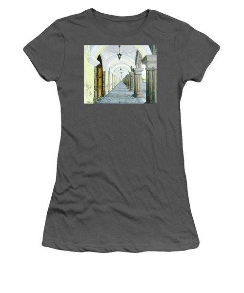 Hotel Casa Mia Women's T-Shirt (Junior Cut)