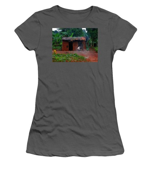 Housecleaning Africa Style Women's T-Shirt (Athletic Fit)