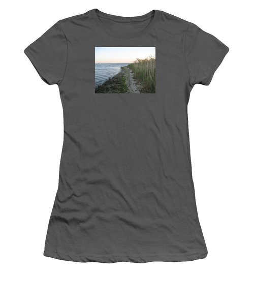 Incoming Tide Women's T-Shirt (Athletic Fit)