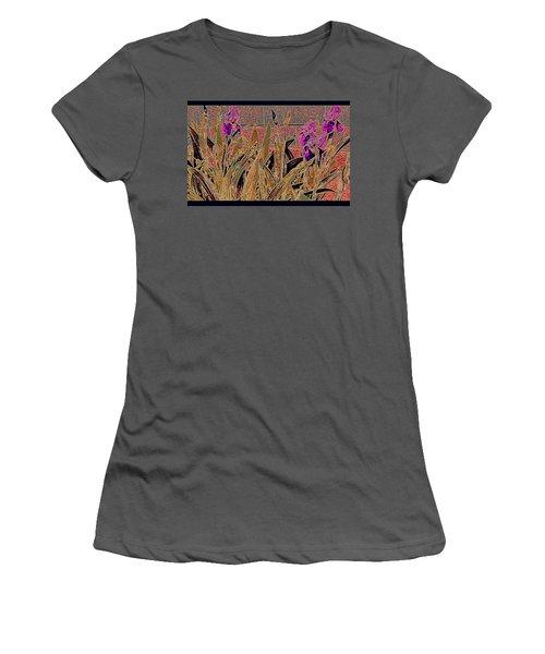 Iris Mural Women's T-Shirt (Athletic Fit)