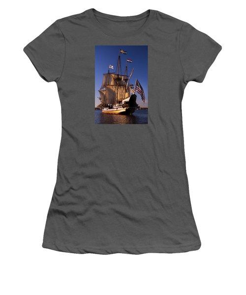 Kalmar Nyckel Women's T-Shirt (Junior Cut) by Skip Willits
