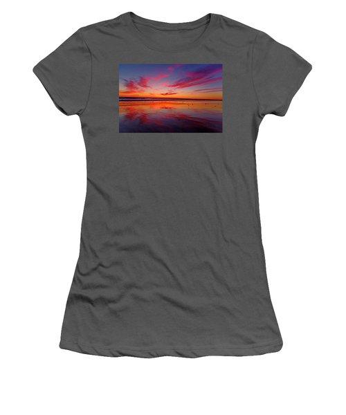 Last Light Topsail Beach Women's T-Shirt (Athletic Fit)