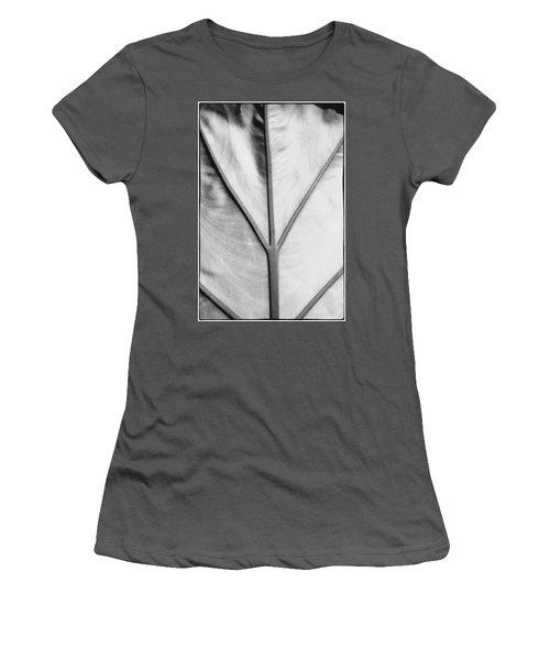 Leaf1 Women's T-Shirt (Athletic Fit)