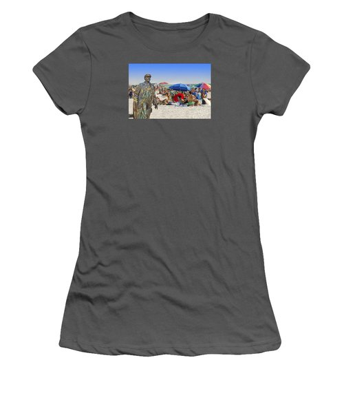 Lenin Goes To The Beach  Women's T-Shirt (Athletic Fit)