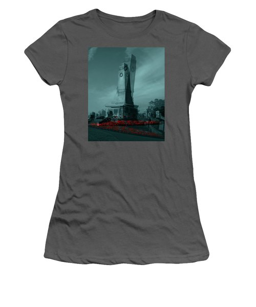 Lest We Forget. Women's T-Shirt (Athletic Fit)