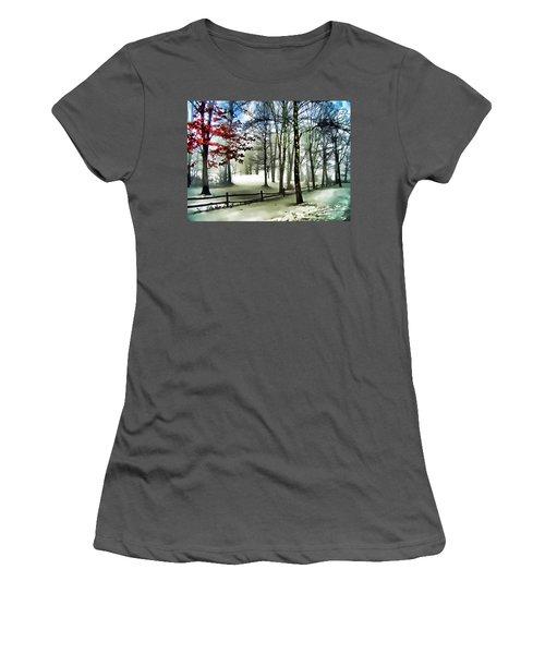 Lifting Fog Women's T-Shirt (Athletic Fit)