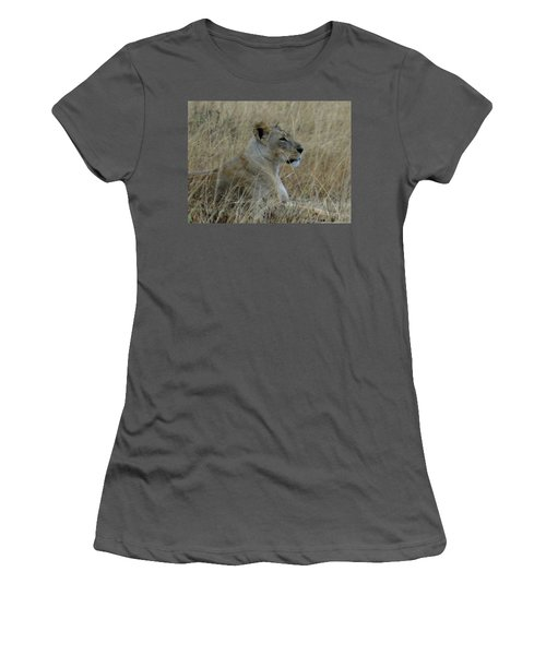 Lioness In The Grass Women's T-Shirt (Athletic Fit)