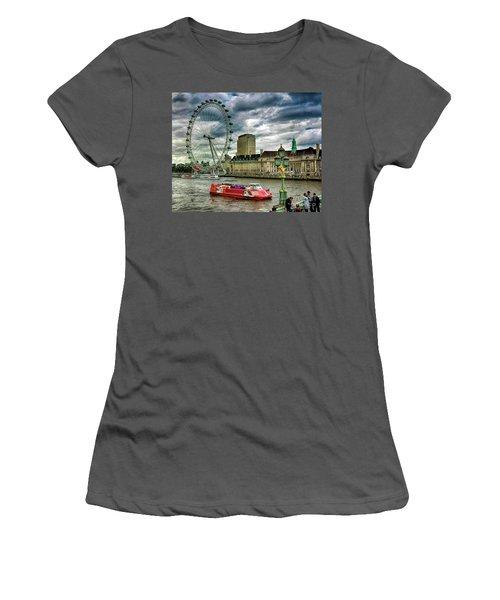 London Eye Women's T-Shirt (Athletic Fit)