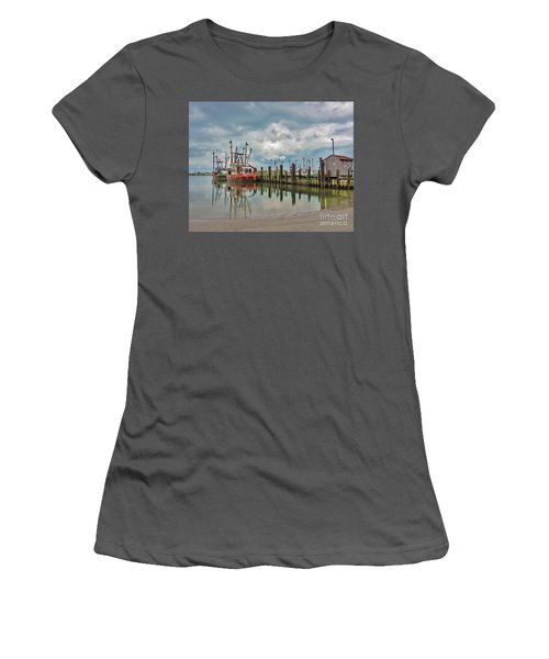 Long Beach Island Docks Women's T-Shirt (Athletic Fit)
