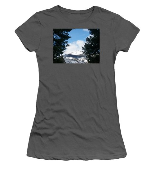 Looking Through Women's T-Shirt (Athletic Fit)