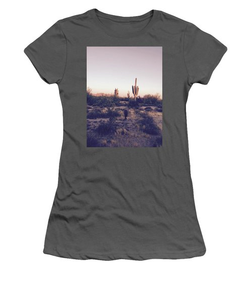 Lost In The Desert Women's T-Shirt (Athletic Fit)