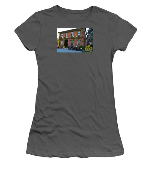 Madison Winery In Fall Women's T-Shirt (Athletic Fit)